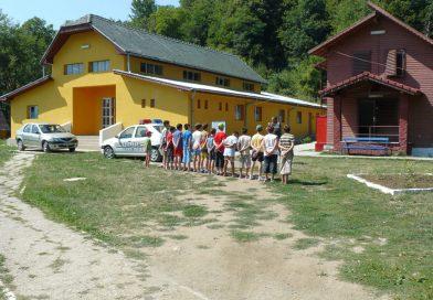 Singura tabără de tineret din Gorj încă rezistă pe piaţă: cea de-a doua a fost preluată în trecut de Mănăstirea Tismana