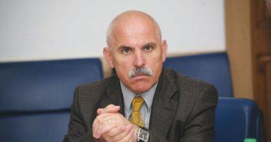 """Modelul """"Iulia Vână"""" face victime. Liderul PSD Târgu Jiu, Aurel Popescu, are cariera politică aproape încheiată"""