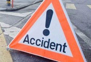 O ambulanță a accidentat mortal un biciclist la Scoarța