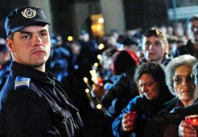Jandarmii gorjeni asigură ordinea publică în perioada Sărbătorilor Pascale şi a minivacanţei de 1 Mai