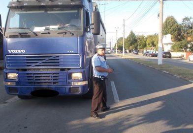 Razii ale poliției: Pe șoferi îi doare în tir de permisele de liberă trecere